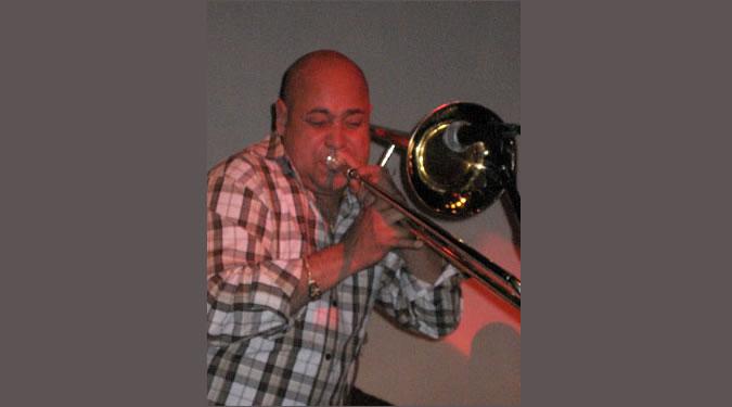 Willie El Loco Alvarez